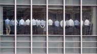 Krisenversammlung bei Lehman Brothers in London. Nur wenige Tage später, am 14. September 2008, kam die Meldung, dass die viertgrößte Investmentbank der Welt pleite ist.