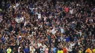 Spiel im Tottenham Hotspur Stadion am vergangenen Wochenende: Die wenigsten sitzen auf ihren Plätzen.