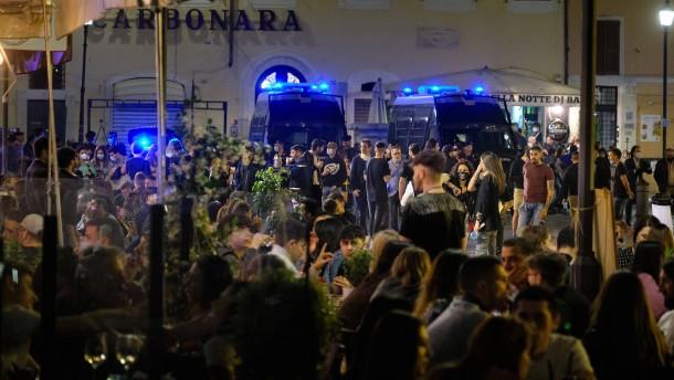 Italien schließt alle Diskotheken