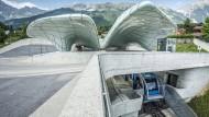 Vorbild Innsbruck: Die Leitner-Gruppe hat in Tirol eine Bergbahn nahtlos in den Nahverkehr eingebunden.