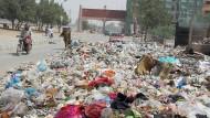Eine Stadt erstickt im Müll