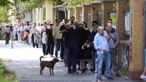 Offenbar zahlreiche Wahlpannen in Berlin