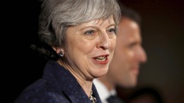 Theresa May spricht in Davos