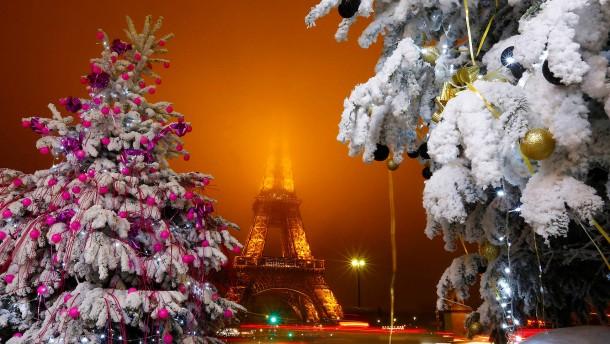 weihnachten in paris ein schmuckst ck des wintertourismus. Black Bedroom Furniture Sets. Home Design Ideas