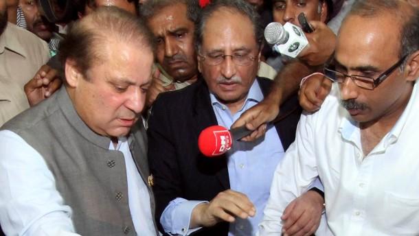Sharif erklärt sich zum Sieger der Parlamentswahl
