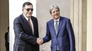 Italiens Ministerpräsident Paolo Gentiloni und der libysche Ministerpräsident Fajiz al Sarradsch am 26. Juli in Rom