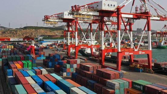 Chinesischer Außenhandel legt überraschend wieder zu