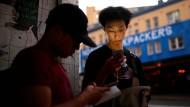 Das eigene Smartphone, das seinen Besitzer ausspioniert?