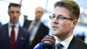 Gericht untersagt kritische Aussagen zur NPD