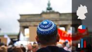 Kann man in Deutschland noch mit Kippa auf die Straße gehen? Eine Allensbach-Umfrage zeigt, wie es um Judenfeindlichkeit in Deutschland steht.