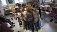 Schüler der Rosa-Luxemburg-Schule in Wittenberg werden gegen Mobbing sensibilisiert - eine Ursache für Schulschwänzen.