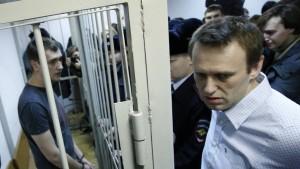 Kremlkritiker Nawalnyj verurteilt