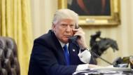 Ob Trump selber von den Abhöraktionen betroffen gewesen ist, bleibt bislang noch offen.