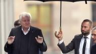 Gut behütet? Horst Seehofer am 1. November vor den Sondierungsverhandlungen in Berlin