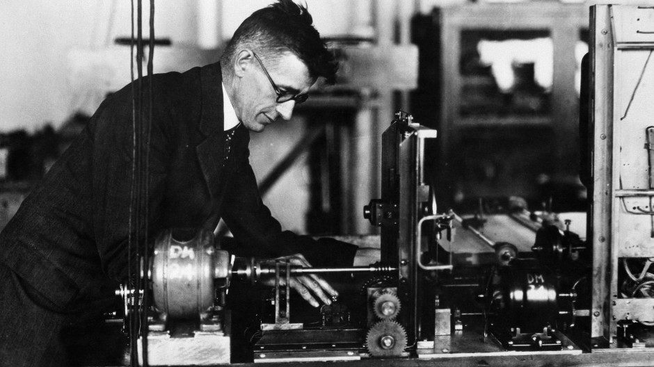 Er dachte vernetzt: Vannevar Bush erweiterte den Computer zum elektronischen Gehirn.
