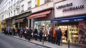 """Riesiger Ansturm auf neues """"Charlie Hebdo""""-Heft"""