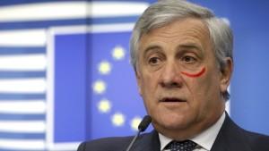 EU-Parlamentspräsident Tajani setzt ein Zeichen gegen Gewalt