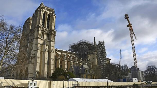 Katholiken feiern nicht in Notre-Dame