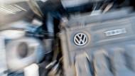 Konzernchef Matthias Müller sagte, dass ein neues Team bei VW aktiv am Verkauf mehrerer Bereiche arbeite. Was genau, ist aber noch ungewiss.
