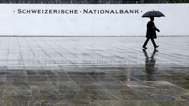 Die Abwertung des Franken nutzt der Schweizerischen Nationalbank