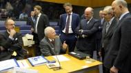 Der Abschied des Altmeisters: Wolfgang Schäuble im Kreise seiner Finanzministerkollegen