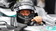 Nicht glücklich: Nico Rosberg verlor in Silverstone am Ende noch den zweiten Platz wegen einer Zeitstrafe.