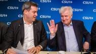 Der alte und der künftige CSU-Vorsitzende: Horst Seehofer (r.) und Markus Söder Anfang November in München