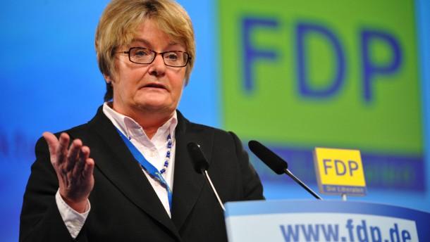 Hessens Kultusministerin Henzler tritt zurück