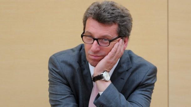 Staatsanwalt klagt früheren CSU-Fraktionschef an