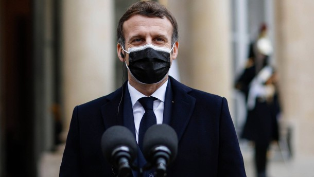 Macron positiv auf Coronavirus getestet