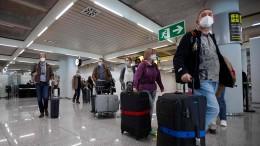 Urlauber fliegen nach Mallorca