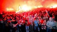Nur zu Besuch in der Heimat? Viele junge Fans feiern in Zagreb den Einzug Kroatiens ins WM-Finale.