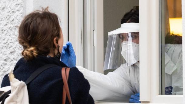 RKI meldet fast 22.000 Neuinfektionen