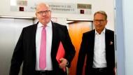 Wirtschaftsminister Peter Altmaier auf dem Weg zur Pressekonferenz