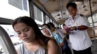 Schaffner mit Windeln in Bangkok