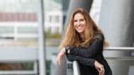 """Podcast von der Buchmesse: Ursula Poznanski über ihre Bücher """"Shelter"""" und """"Clara sammelt"""""""