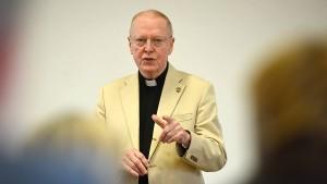 Ein Freund Helmut Kohls spricht das Gebet für Biden