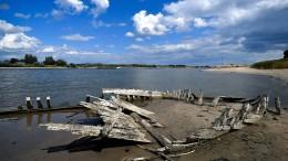 Dürre lässt Schiffswrack auftauchen