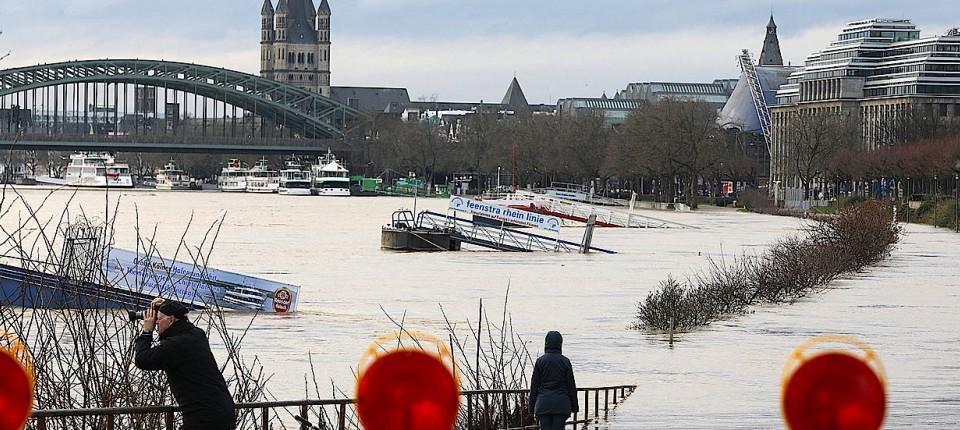 Schiffsunglück Rhein Aktuell