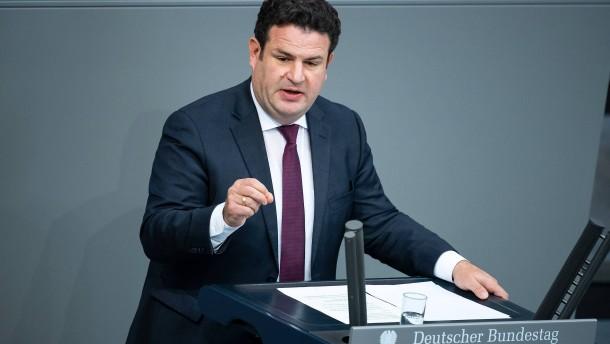 """Heil kritisiert Continental für """"radikales Jobabbau-Programm"""""""
