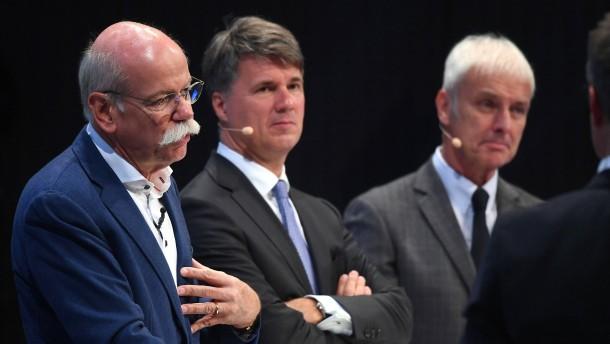Deutsche Autobauer sollen Kartell gebildet haben