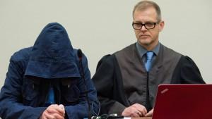 Carsten S. gibt Waffenkauf für NSU-Trio zu