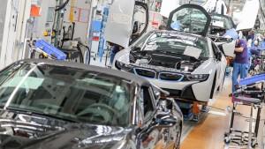 Engpässe belasten deutsche Industrie noch Monate