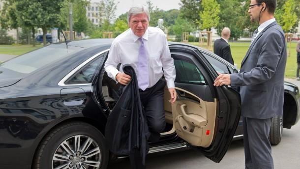 Alle wollen Opel helfen – aber keinen Opel fahren