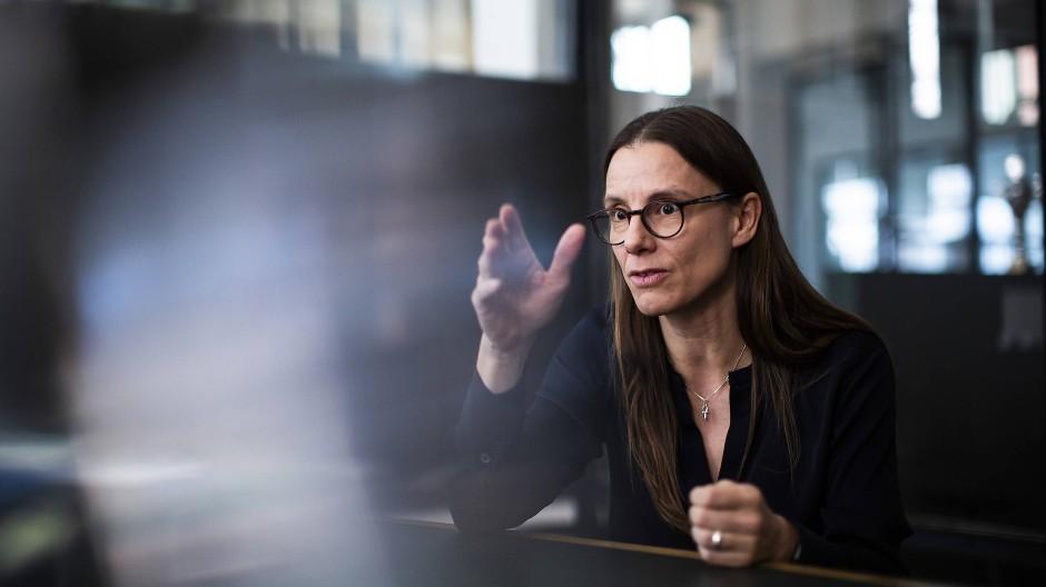 Die Physikerin und Neuroinformatikerin Katrin Suder (48) leitete das Berliner Büro von McKinsey und war dann Staatssekretärin im Verteidigungsministerium. Jetzt leitet sie den Digitalrat der Bundesregierung.