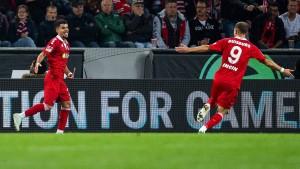 Schlusslicht Duisburg besiegt Köln bei Lieberknechts Debüt
