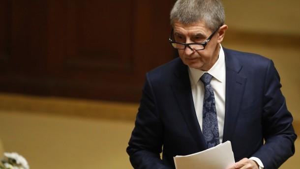Tschechische Regierung übersteht Misstrauensabstimmung