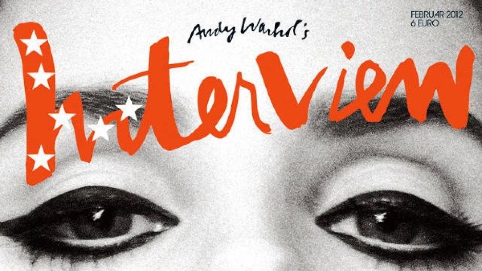 Das Cover der ersten deutschen Ausgabe ziert die Sängerin Lana Del Rey