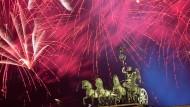 Die größte Silvesterparty Deutschlands steigt am Brandenburger Tor in Berlin.
