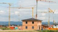 Bausparkassen kündigen 120.000 Bausparern